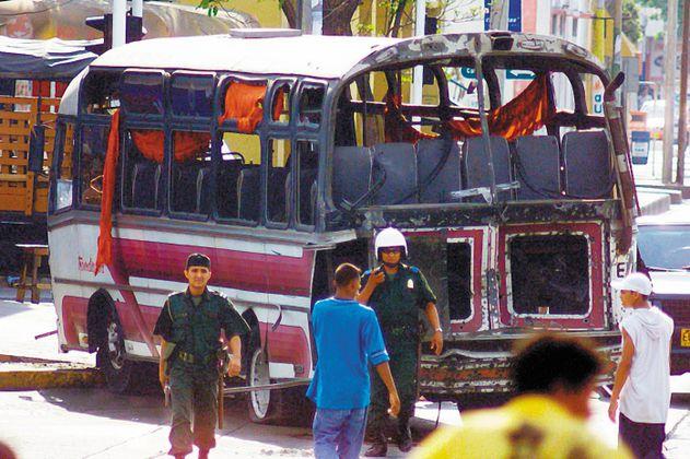 Condenan a la Policía por atentado contra Álvaro Uribe en 2002 en Barranquilla