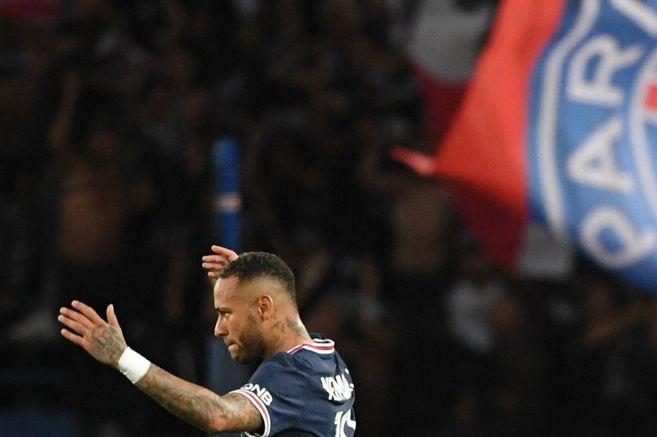 Con Messi, Neymar y Mbappé, PSG le ganó con muchas dudas a Lyon en París   EL ESPECTADOR