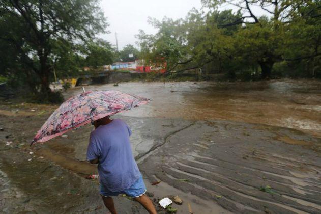 Nate se convierte en huracán y amenaza las costas de Estados Unidos