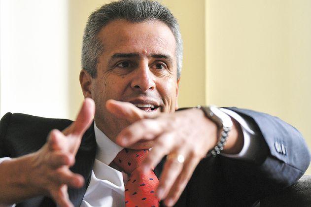 """Probablemente tendré que salir de la institucionalidad liberal"": Velasco"