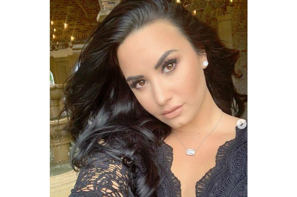 Demi Lovato supera su trastorno alimenticio