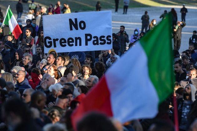Italia estrena su pasaporte covid obligatorio, ¿cómo funciona?
