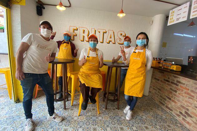 Hicieron negocio a punta de comida frita tradicional colombiana