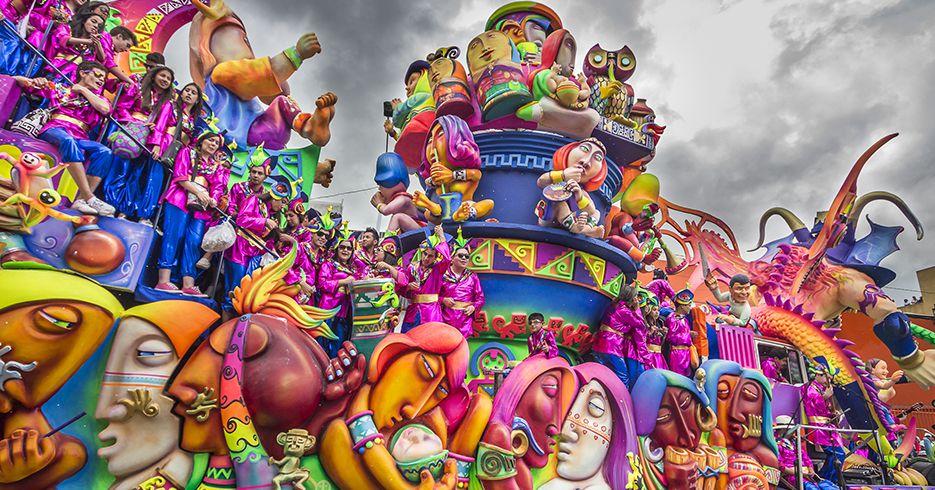 Arrancó el Carnaval de negros y blancos de Pasto
