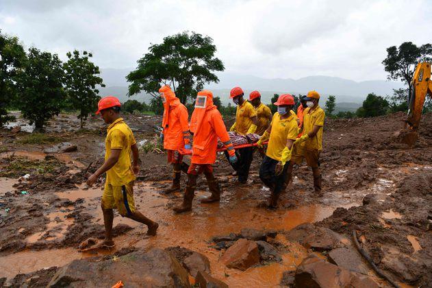 Al menos 115 muertos y decenas de desaparecidos dejan lluvias monzónicas en India