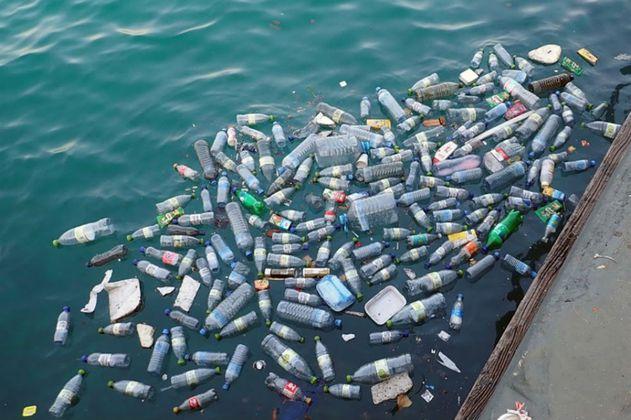 Europa prohibirá los plásticos de un solo uso