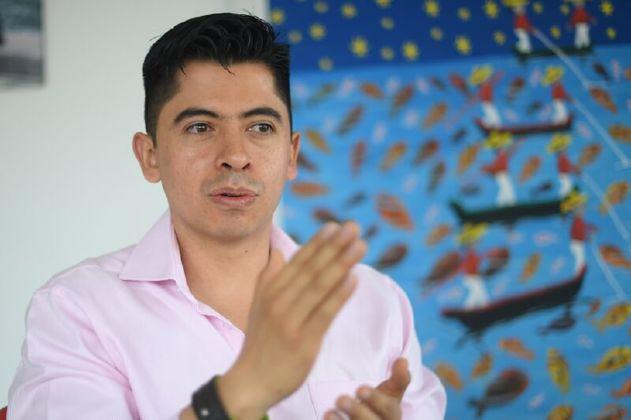 Petrismo y verdes le coquetean a Ariel Ávila para que se lance al Senado