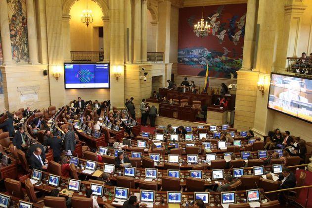 Así serán las sesiones semipresenciales del Senado
