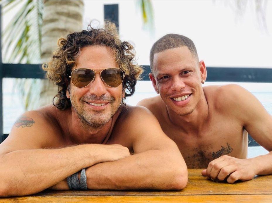Gregorio Pernia y su hijo Diego comparten unos días en familia.