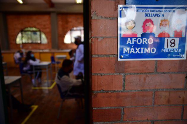 Seis contagiados de COVID-19 en colegio Distrital de Bogotá