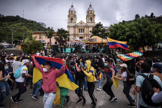 Grupos armados, Gobierno y paro nacional: la lucha por los jóvenes