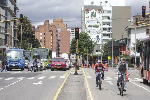 Pasar del carro a la bicicleta reduce emisiones de transporte en un 67 %
