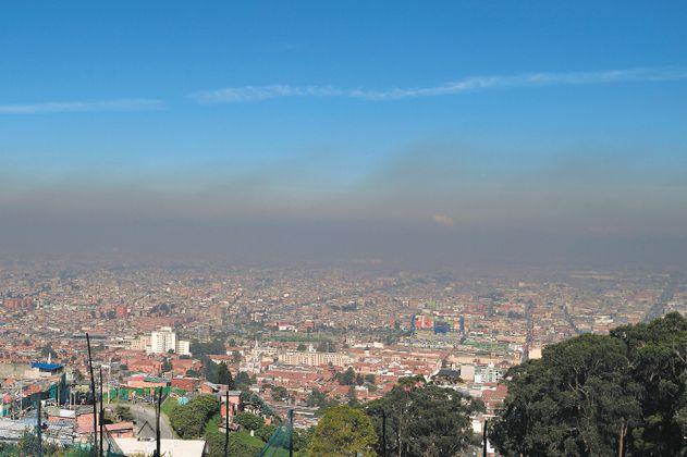 """La OMS """"endurece"""" los indicadores de calidad del aire. ¿Cómo está Colombia?"""