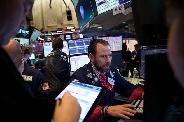Más expertos auguran una tormenta en el mercado bursátil de EE.UU.