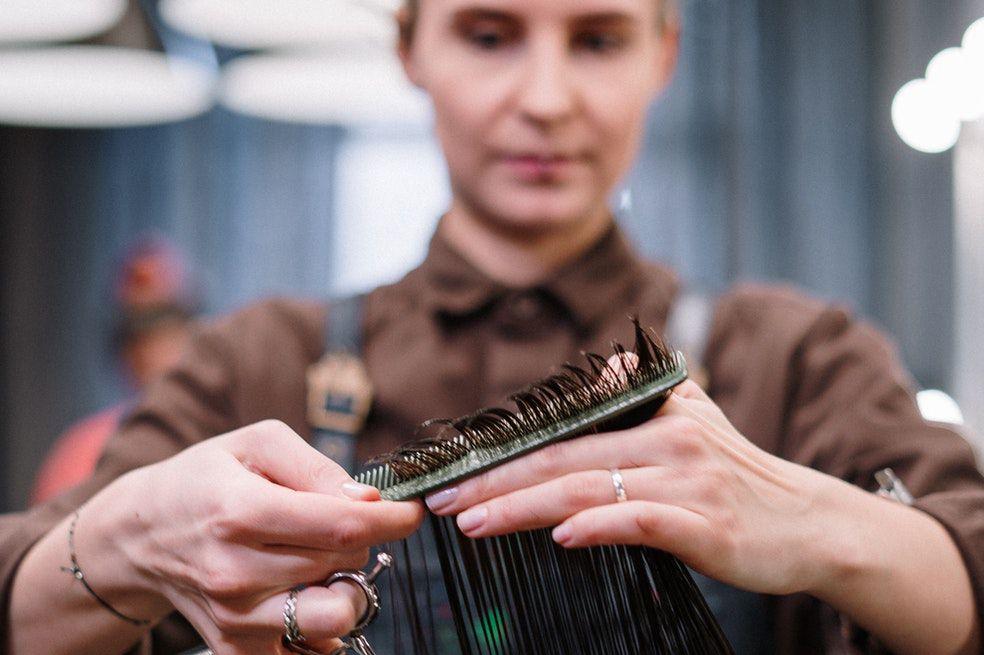 Descubre aquí cuáles son los mejores días para cortar tu cabello en este mes de julio.