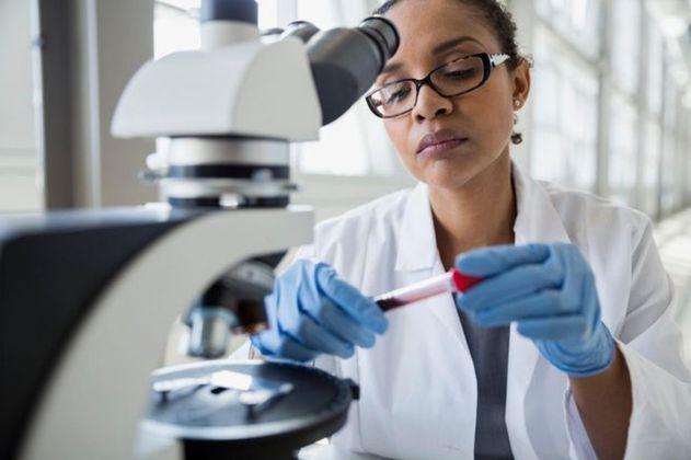 Abierta convocatoria para el programa de Mujeres en la Ciencia Colombia 2021