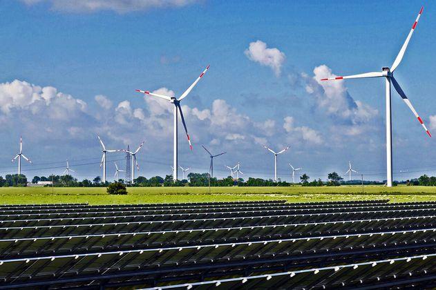 El plan de los científicos para que 143 países abandonen los combustibles fósiles por completo