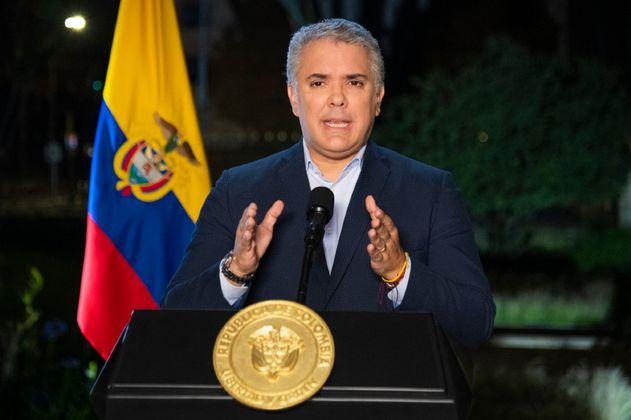 Atentan contra helicóptero de Iván Duque en Cúcuta