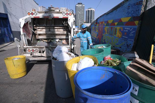 Por fallas en recolección, Superservicios multó a operadores de aseo en Bogotá