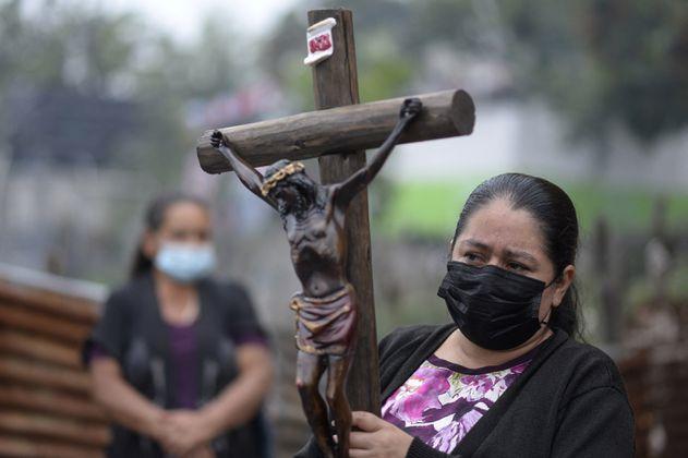 Volcán Pacaya: se reactiva flujo de lava que amenaza a comunidades en Guatemala