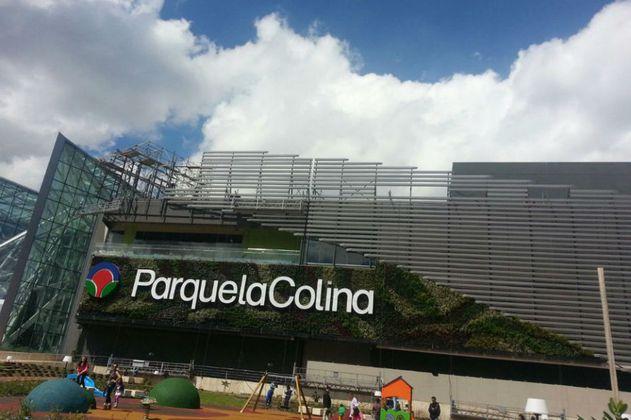 Parque Arauco vende el 49 % de los centros comerciales La Colina y Caracolí