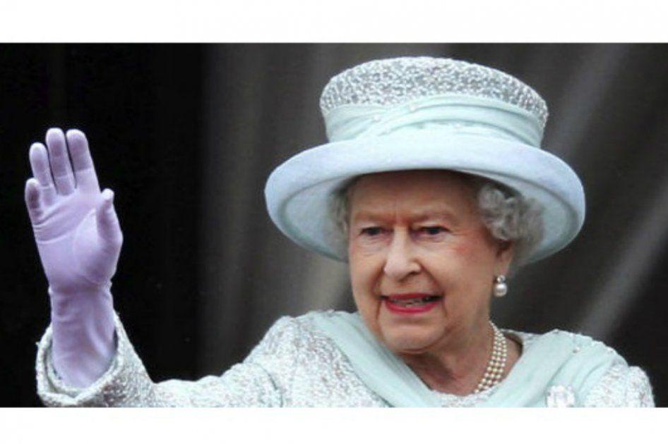 La reina Isabel venderá cerveza a las afueras del palacio en Londres