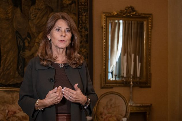 Canciller colombiana invita a su homóloga de Panamá a dialogar migración regional