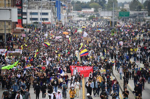 ¿Qué está pasando en Colombia? 10 datos del Paro Nacional para extranjeros