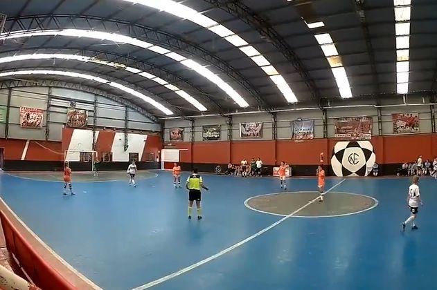 Equipo Banfield de futsal femenino anotó cuatro autogoles