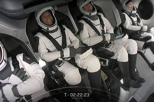 Video: Así fue el despegue del primer vuelo turístico al espacio de SpaceX