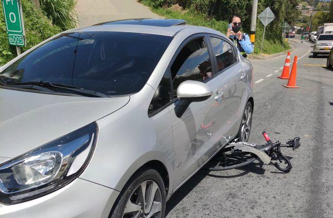El incidente ocurrió en la vía Medellín-Bogotá.