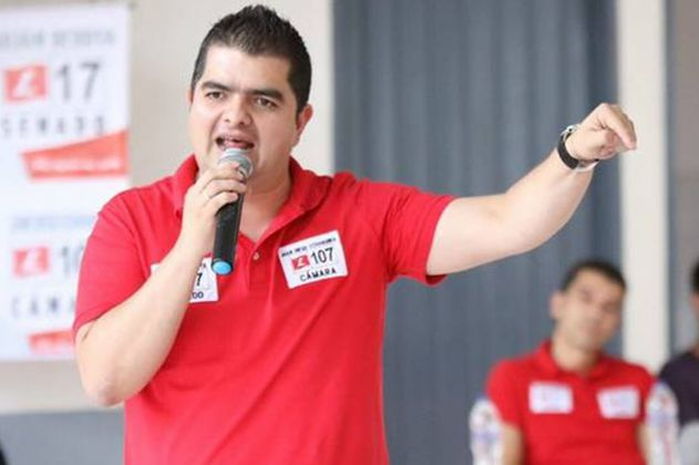 Con tutela, senador Julián Bedoya podría recuperar su título de abogado