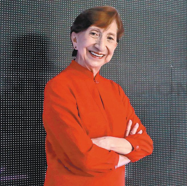 Gloria Castro, directora del Festival Internacional de Ballet de Cali, dice que es necesario fomentar el interés y el conocimiento del ballet como alternativa de desarrollo artístico en niños, adolescentes y jóvenes.