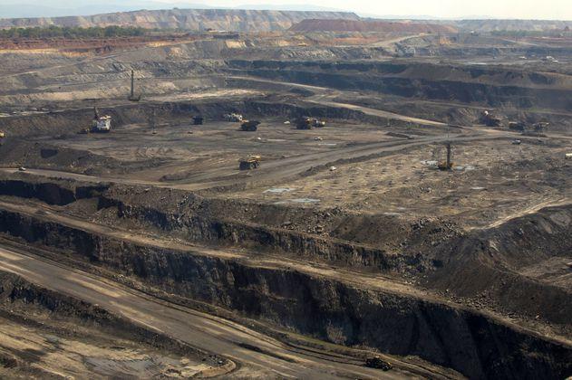 Producción de carbón al alza jalona la recuperación de la minería