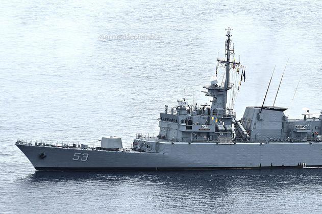 Armada rescata a cinco náufragos en el norte de la Guajira