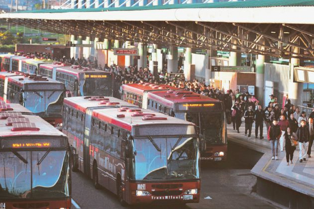 Admiten tutela de fabricante de buses eléctricos por último lote de Transmilenio