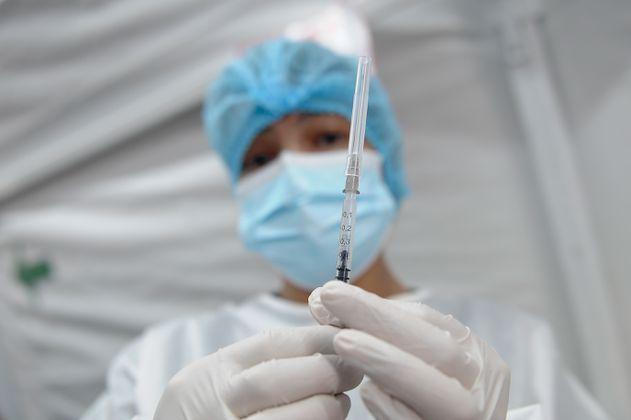 Estos son los puntos de vacunación habilitados en Bogotá para mayores de 60 años