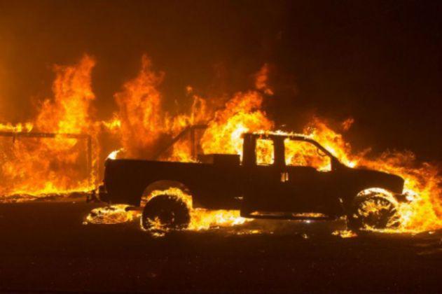Incendio en California obliga a evacuar a 30.000 personas
