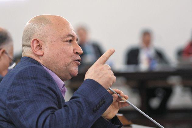 Prohíben a la UNP negar recursos para desplazamientos de senador de Comunes