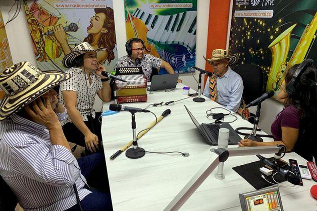 La radio rescata del olvido los pueblos azotados por la violencia en Colombia