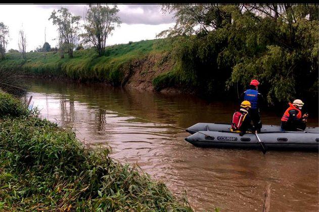 Autoridades realizan búsqueda de adolescente que cayó al río Bogotá