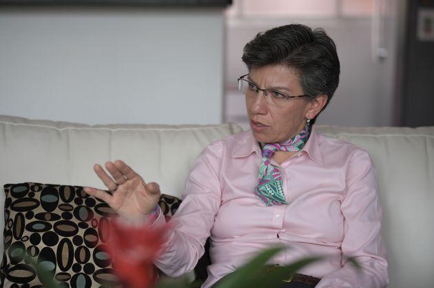 Segundo pico de la pandemia le costó 10 puntos de popularidad a Claudia López