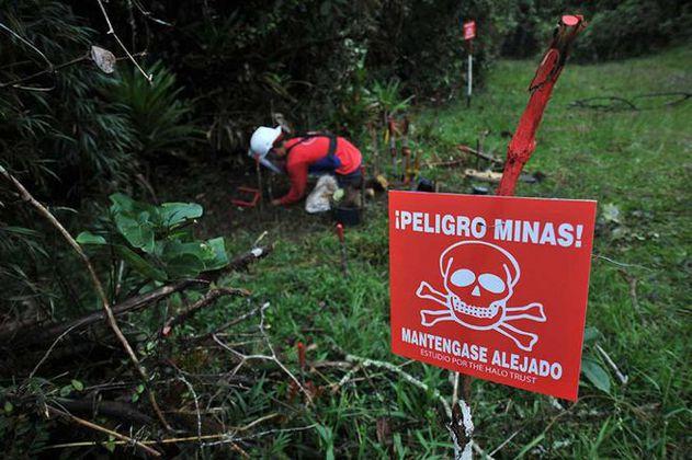 Mueren una mujer indígena y su hija por mina antipersonal en Murindó (Antioquia)