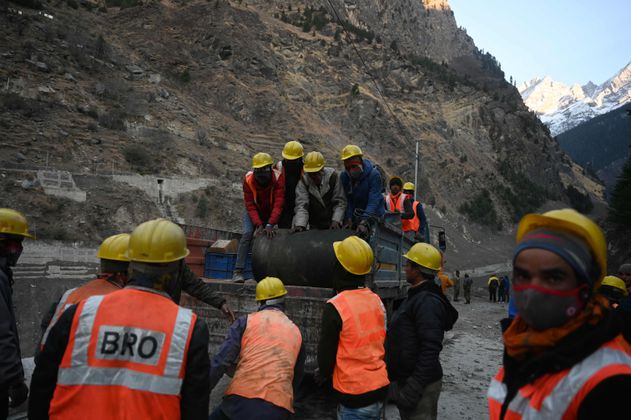 Al menos 19 muertos y 200 desaparecidos en India por rotura de glaciar en el Himalaya