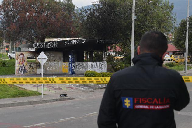 Judicializadas 14 personas señaladas de incendiar varios CAI en Bogotá