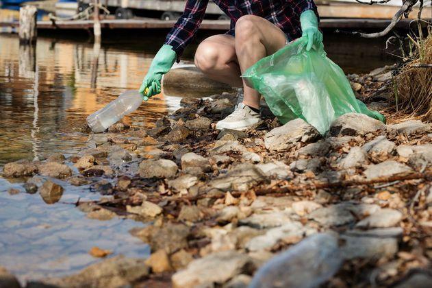 El 80% de la basura encontrada en el mar es de plástico seguido por metales, vidrio y ropa