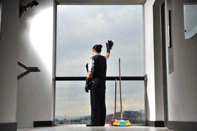 ¿Cómo mejorar las condiciones laborales de las empleadas domésticas para facilitar su movilidad?