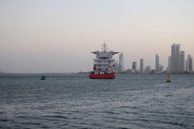 Viento y oleaje en el mar Caribe genera alerta roja del Ideam
