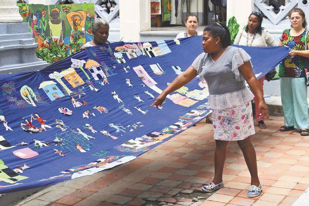 Hilo, aguja y tecnología para tejer la reconciliación