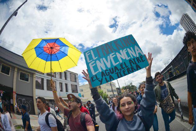 """Consejo de Estado negó medidas cautelares: Gobierno podrá hacer pilotos de """"fracking"""""""
